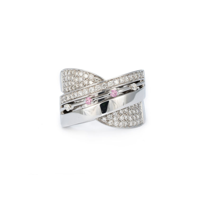Striking white gold and white diamond ring with pink highlights